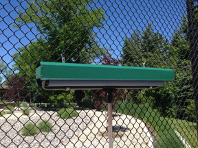 tennis court roller refuge